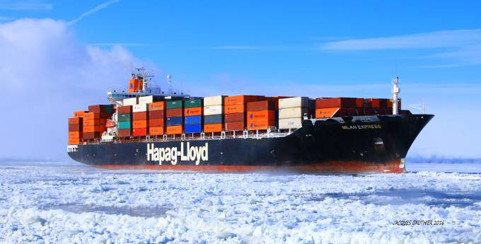 The Milan Express (2,486 TEU) is optimally equipped to sail under arctic conditions. (Photo: Jacques Gauthier)