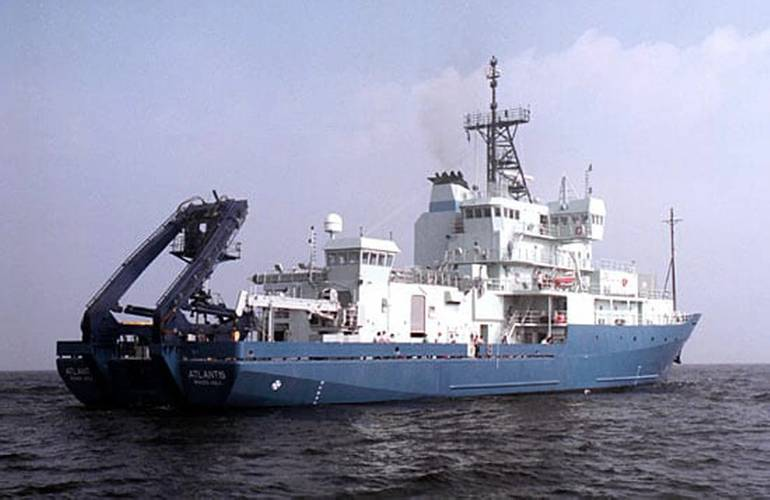 The research vessel (R/V) Atlantis. (Woods Hole Oceanographic Institution)