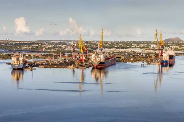 The shipyard will continue its activities under the name of Damen Shiprepair Curaçao. (Photo: Damen)