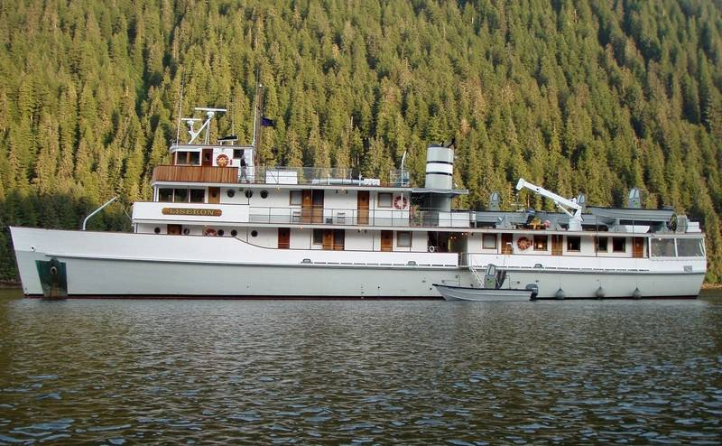 The V/V LISERON in Southeast Alaska. Courtesy of The Boat Company