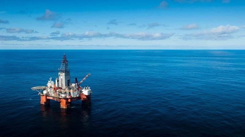 The West Hercules drilling rig (Photo Ole Jørgen Bratland)