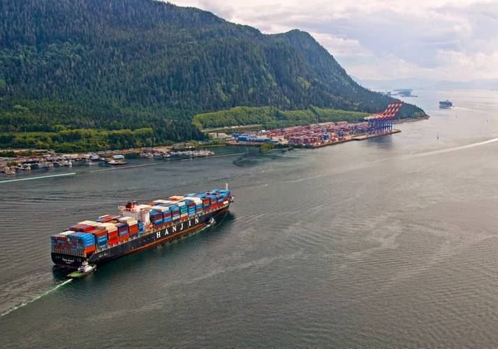 Tugs escort a container vessel to Fairview Container Terminal (Image credit: Prince Rupert Port Authority)