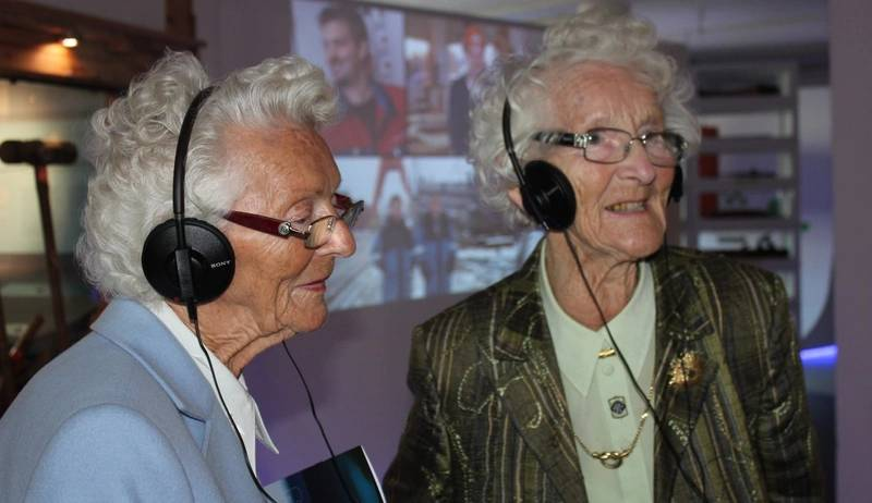 Two of the daughters of the Ulstein Mek founder, Martin Ulstein, were present at the opening of Ulstein Group's museum 'Ulstein Expo'. (Photo: Ulstein)