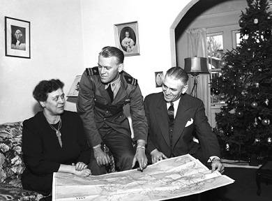 U.S. Navy Lieutenant, Gerald R. Ford at his parents' home, 1945. Ford served on board USS Monterey (CVL 26) Photo courtesy of Grand Rapids Public Library.