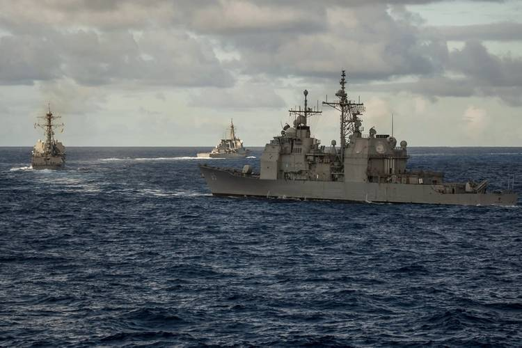 USS Chosin (right) follows USS Spruance then JS Kirishima (leading) as they commence their break-away from the formation (Photo: Brenton Freind)