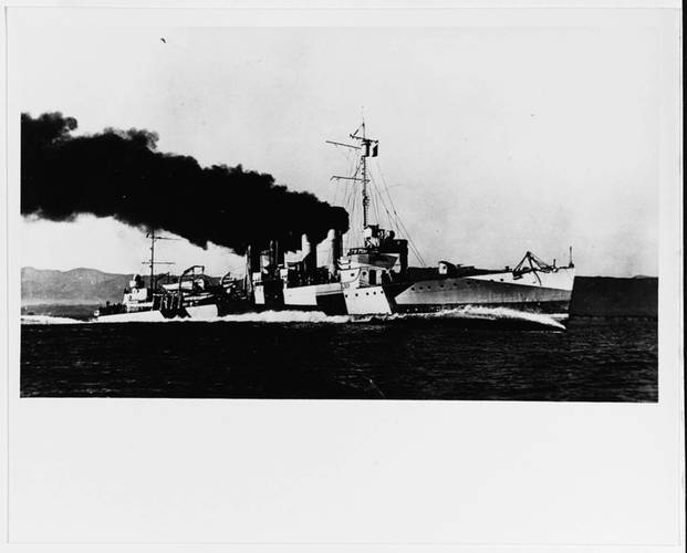USS Ward running speed trials off the California coast in September 1918 (Photo courtesy U.S. Naval History and Heritage Command)