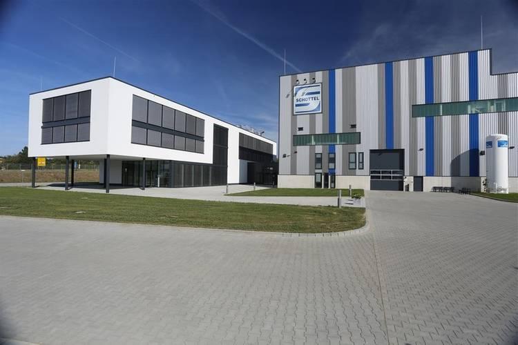 New SCHOTTEL plant administration building; ©SCHOTTEL